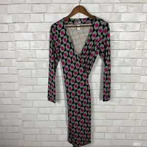 Womens Diane Von Furstenberg Size 8 VTG 90s quarter sleeve printed midi dress